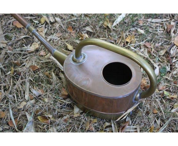 Arrosoir vintage en cuivre