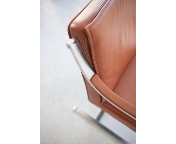 Set of four camel/brown leather armchairs designed by Walter Knoll, 1970s