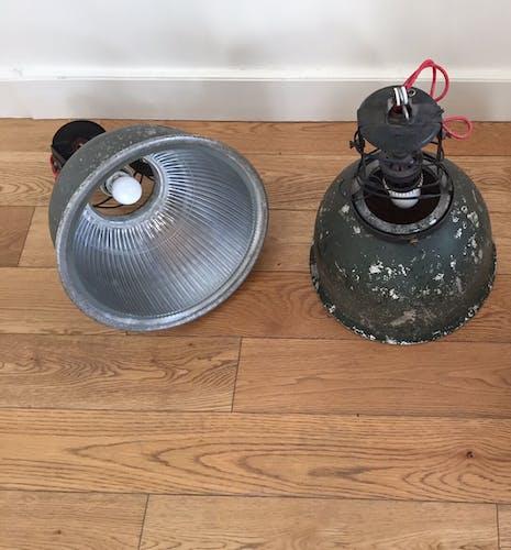 Suspensions lampes industrielle vintage usine
