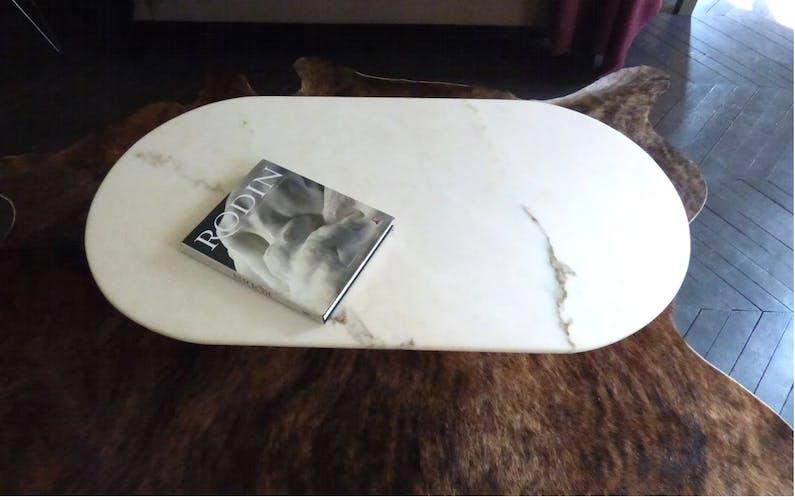 Table basse ovale en marbre de carrare