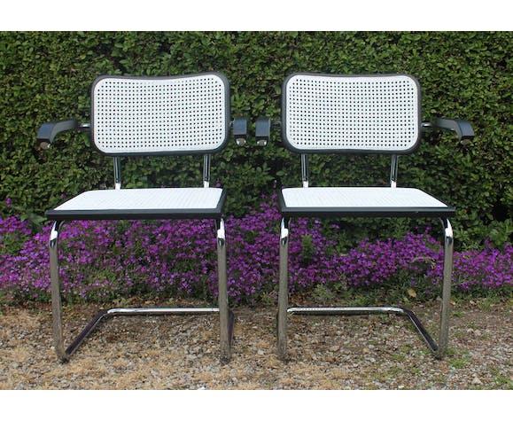 Paire de fauteuils B64 Marcel Breuer