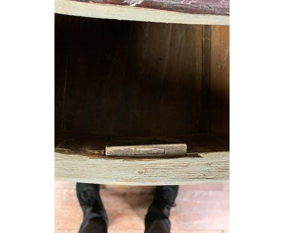 Commode tombeau époque Louis XV en bois laqué