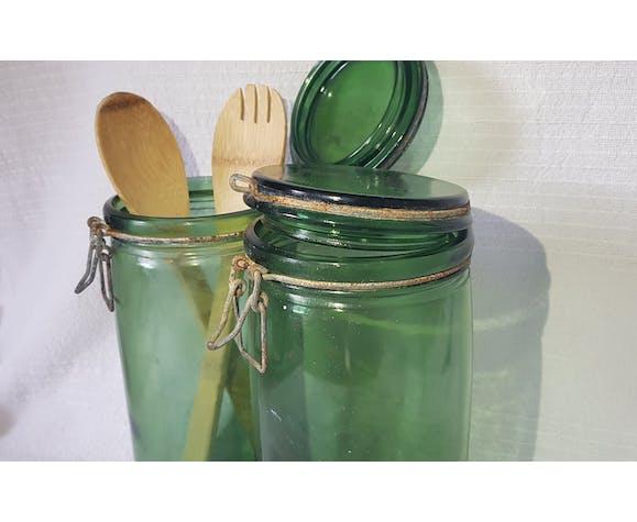 2 anciens bocaux en verre Solidex de contenance de 2 litres