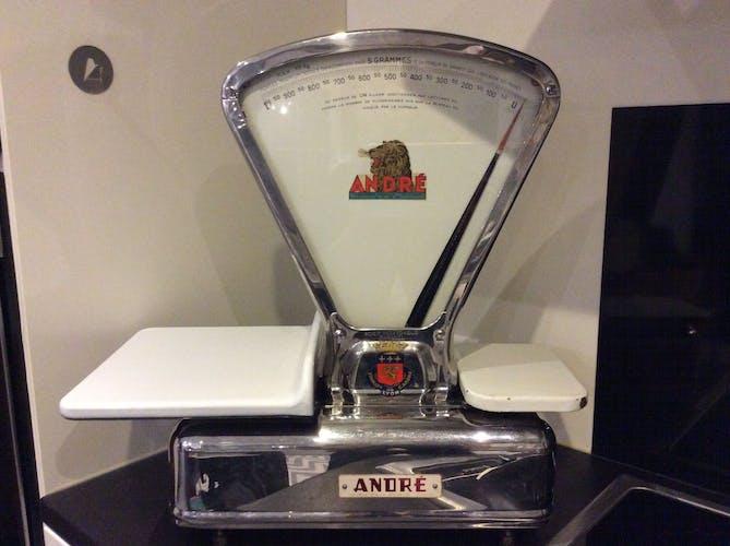Balance d'épicerie vintage André