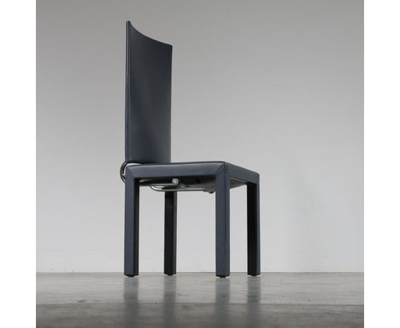 Arcara dining chairs, designed by Paolo Piva manufactured by B&B Italia in Italy, 1980