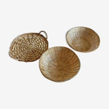Suite of 2 baskets and wicker tray