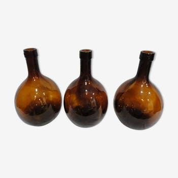 Lot 3 old round bottles