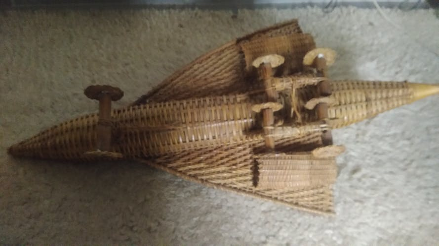 Concorde en rotin
