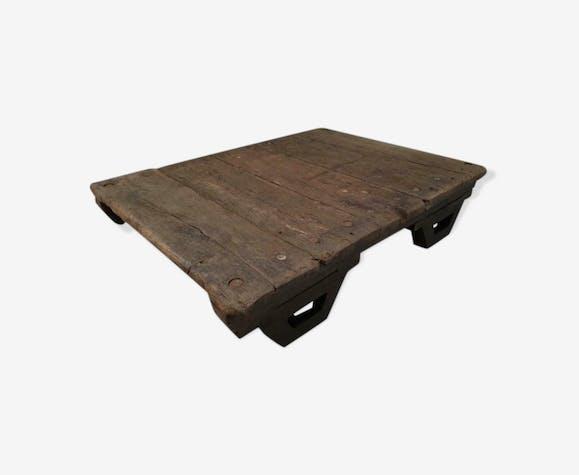 Table basse industrielle cadre en chêne