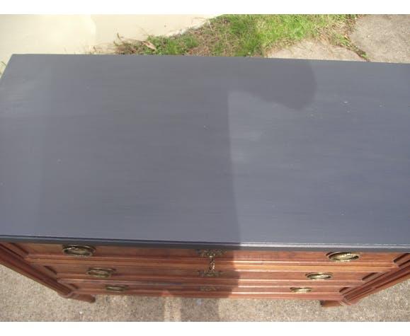 Louis XVI mahogany chest of drawers