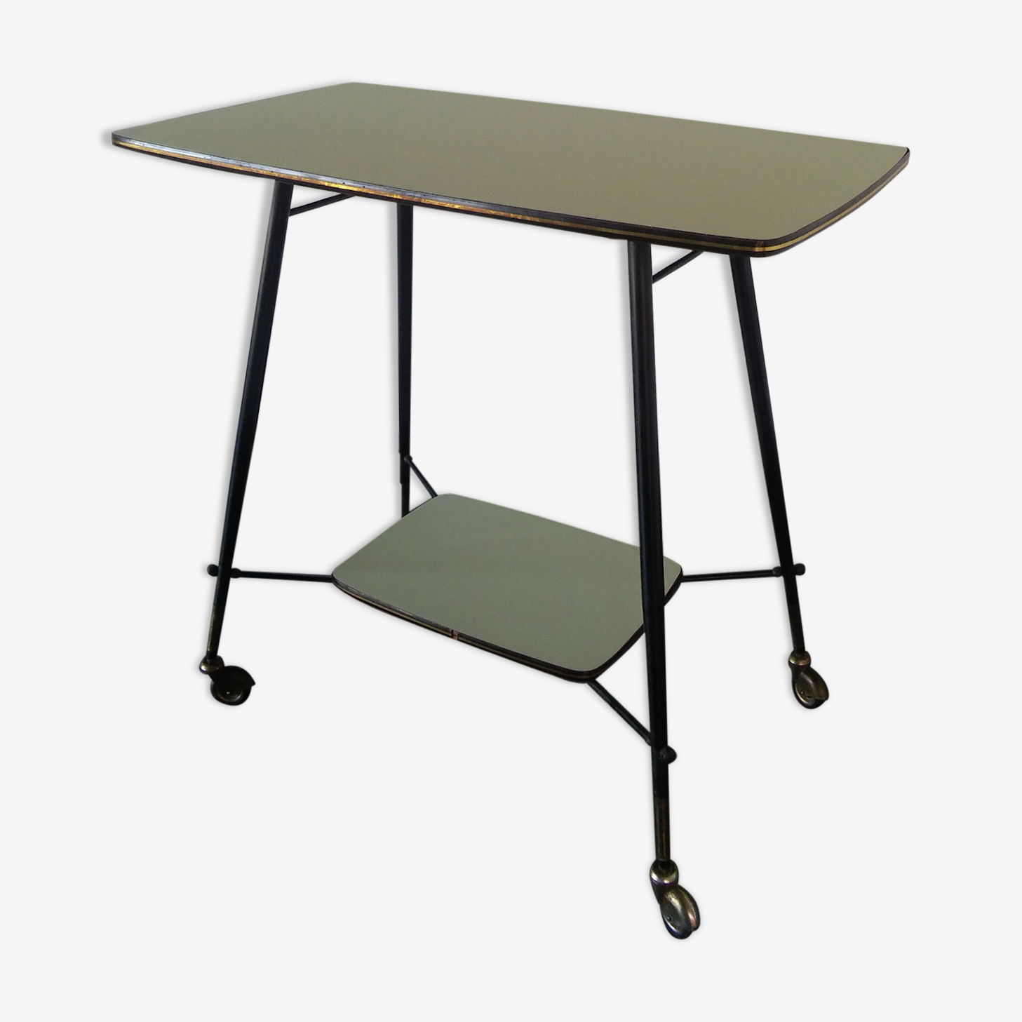 Serving table 1950