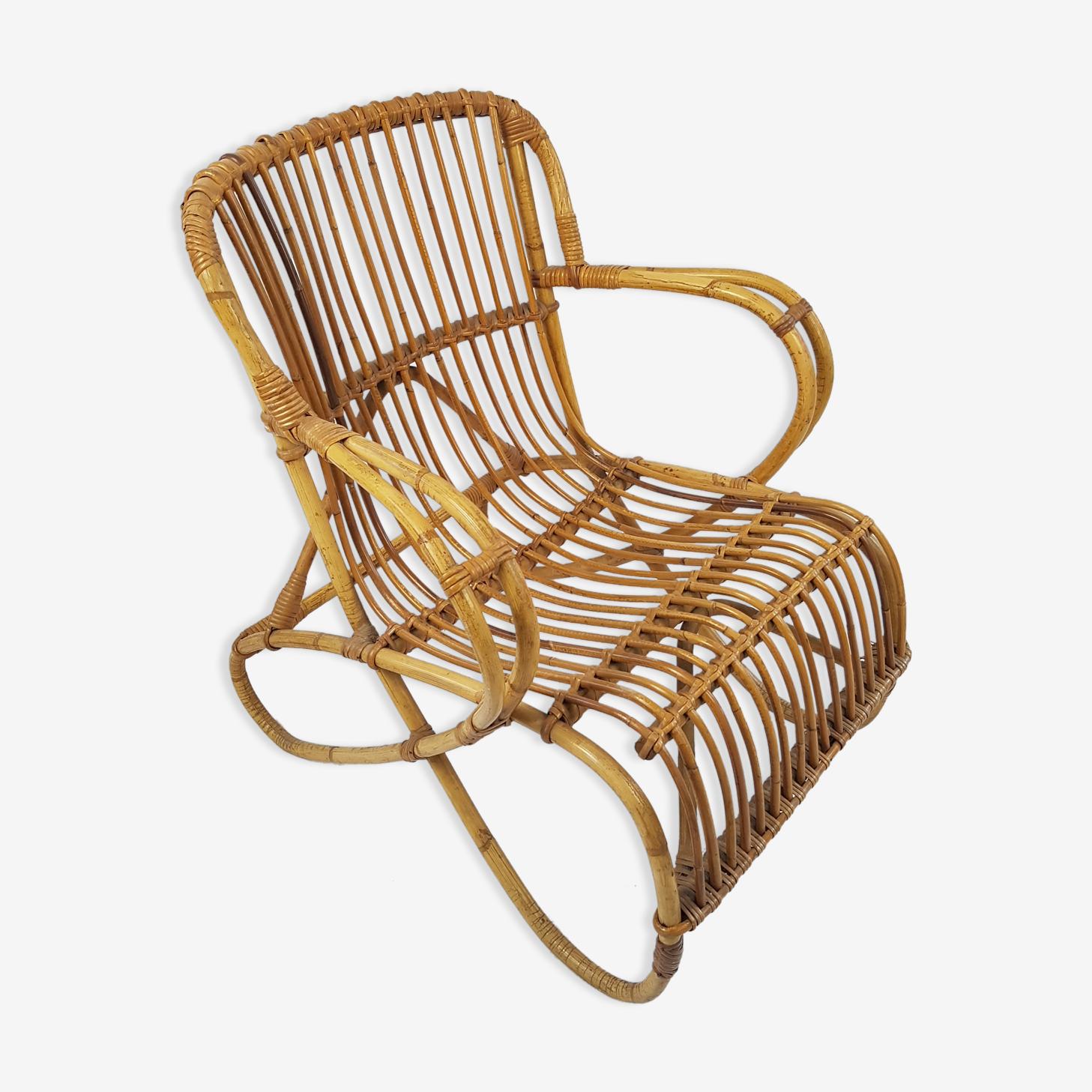 Vintage curved feet rattan chair