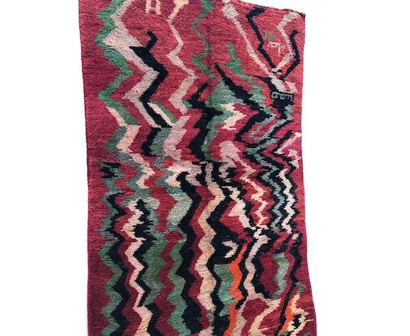 Tapis berbère marocain Boujaad rouge foncé et vert 2,58x1,52m