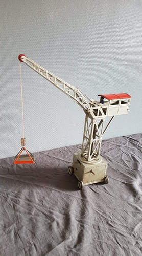 Joustra 1950s grey and red metal crane