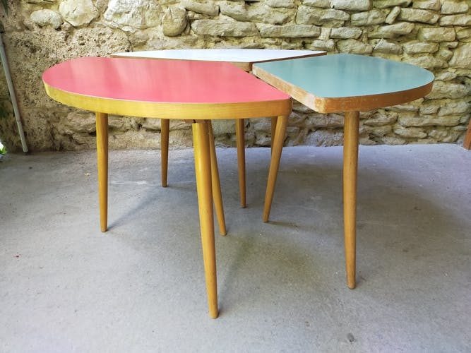 Table basse pieds tripode