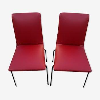 Paire de chaises par Pierre Guariche
