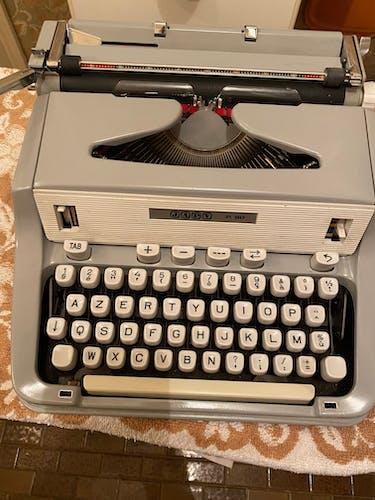 typewriter japy p 90