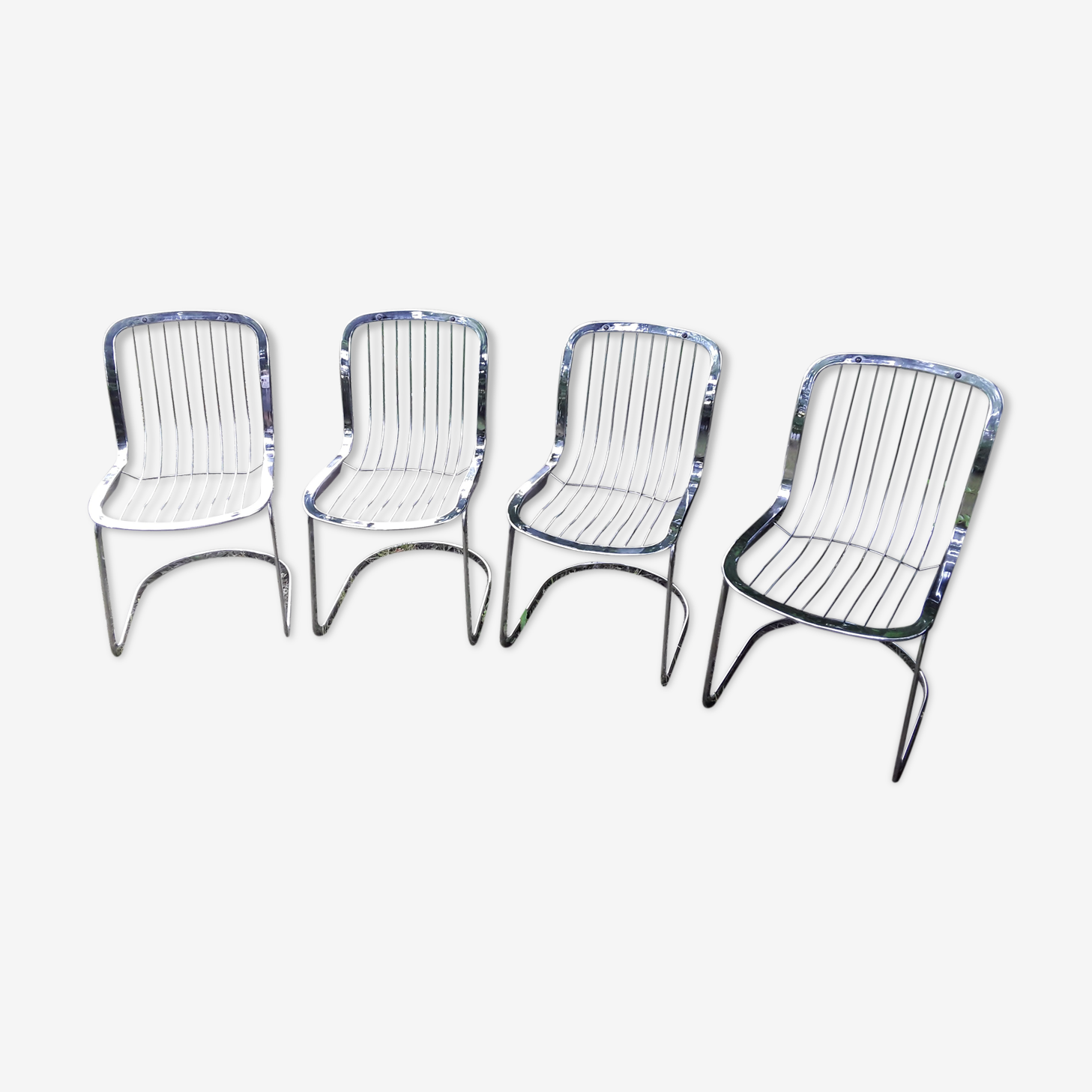 Lot de 4 chaises design Cidue