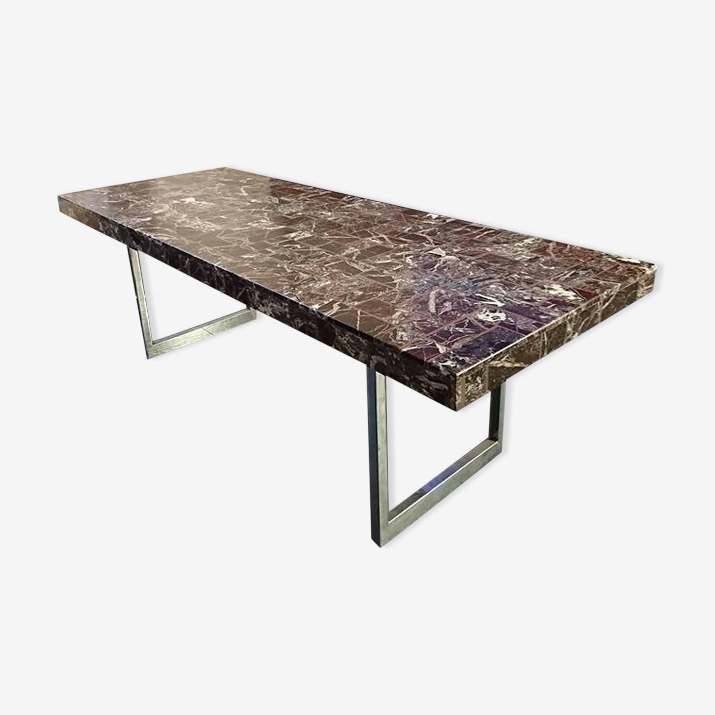 Table basse design marbre et piétement chromé