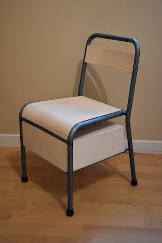 Stella brand chair