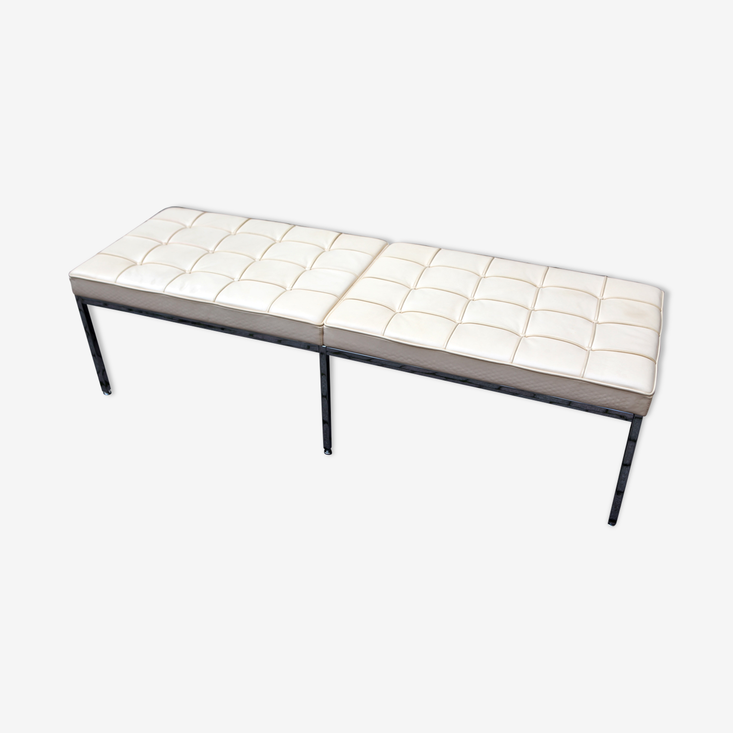 Bench by Florence Knoll