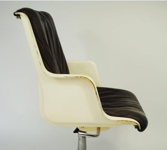 Office fiberglass Chair