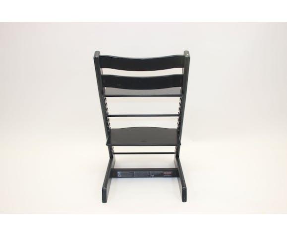 Chaise noire Stokke Tripp Trapp