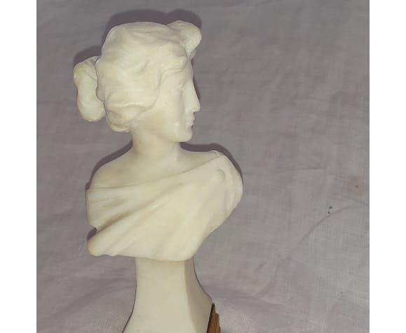 Buste en marbre blanc  Art Nouveau