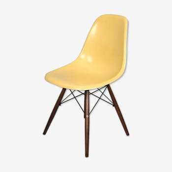 Chair dsw ochre light fiber Eames Herman Miller vintage Walnut