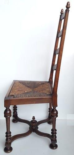 Chaise de nourrice paillée de style Louis XIV XIX°