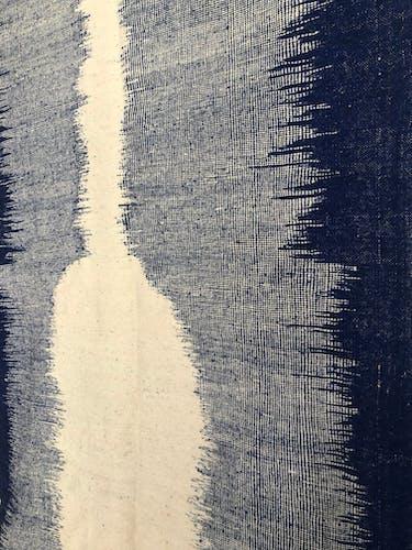 Kilim berbère marocain écru et blau majorelle 3,07x1,81m