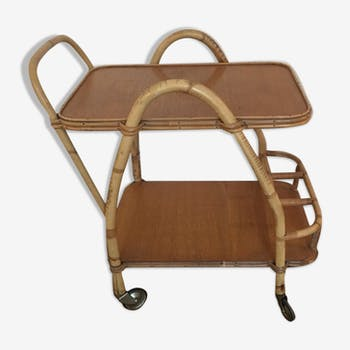 Rattan rolling table
