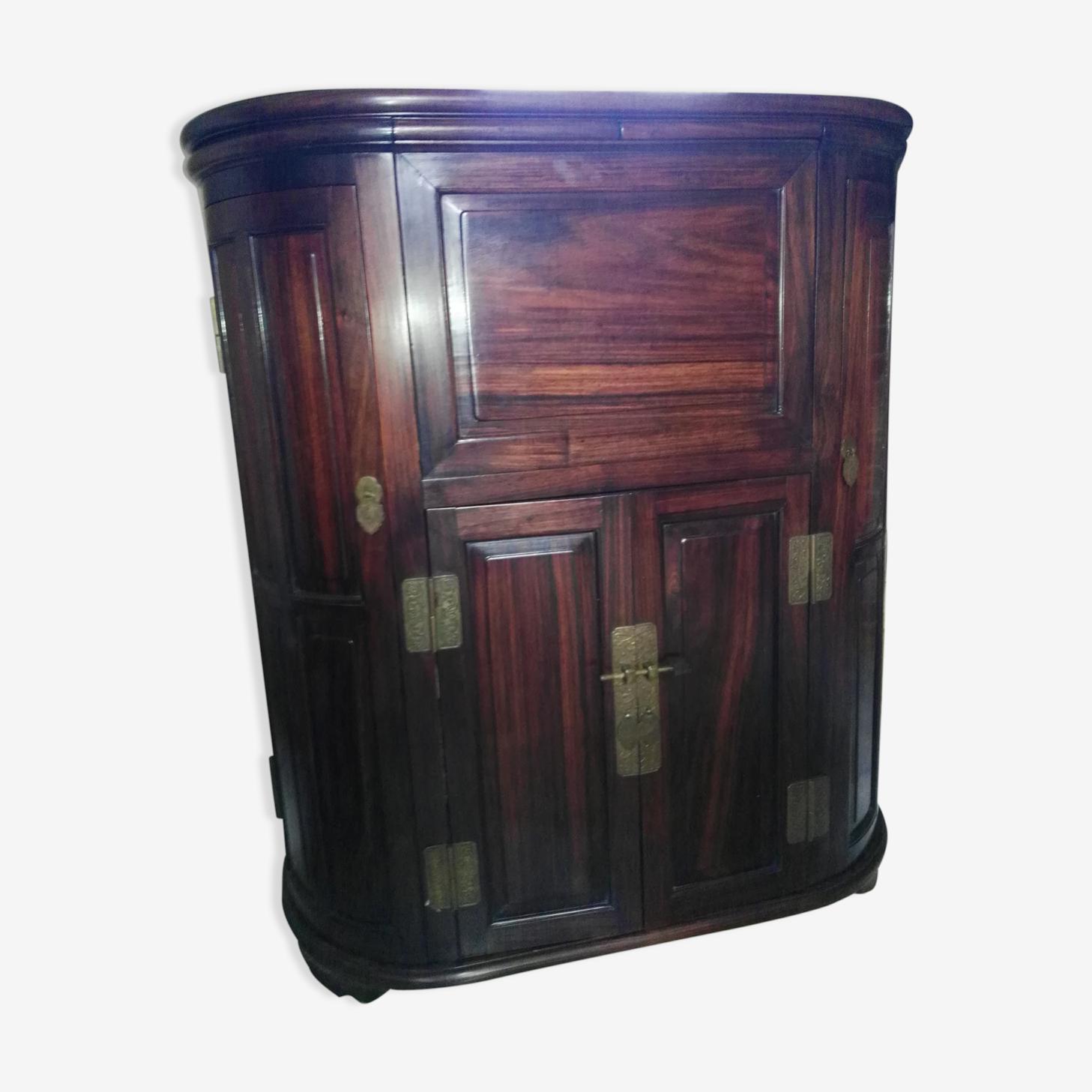 Meuble en bois précieux de Huali