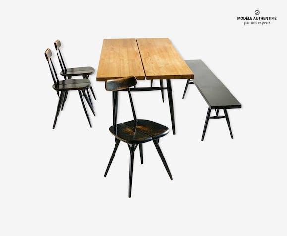 """Salle à manger dit """"Pirkka""""  par Imari Tapiovaara - Laukaan Puu"""