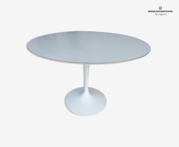 Tulip Table Knoll Eero Saarinen