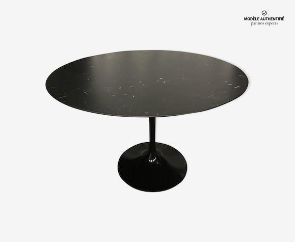 table knoll marbre noir eero saarinen tulipe sign e 107cm. Black Bedroom Furniture Sets. Home Design Ideas