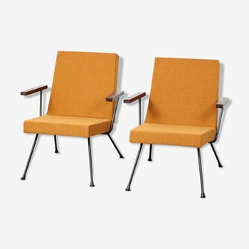 Pair of chairs Gispen 1409 by André Cordemeijer in 1959 for Gispen