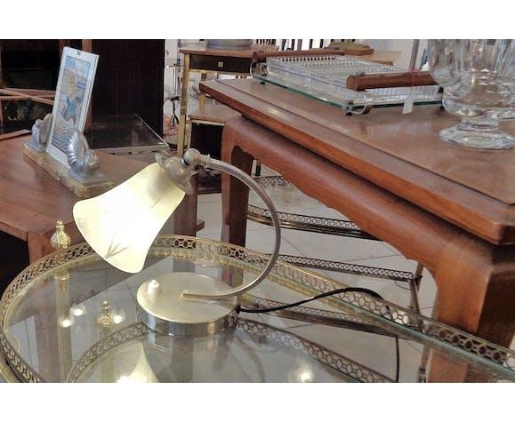 Lampe art déco metal chromé et verre