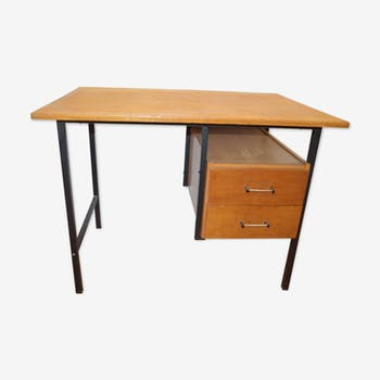 Office vintage iron and wood