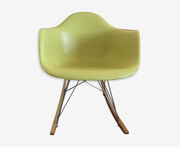 Rocking chair par Charles et Ray Eames édition Vitra 2006