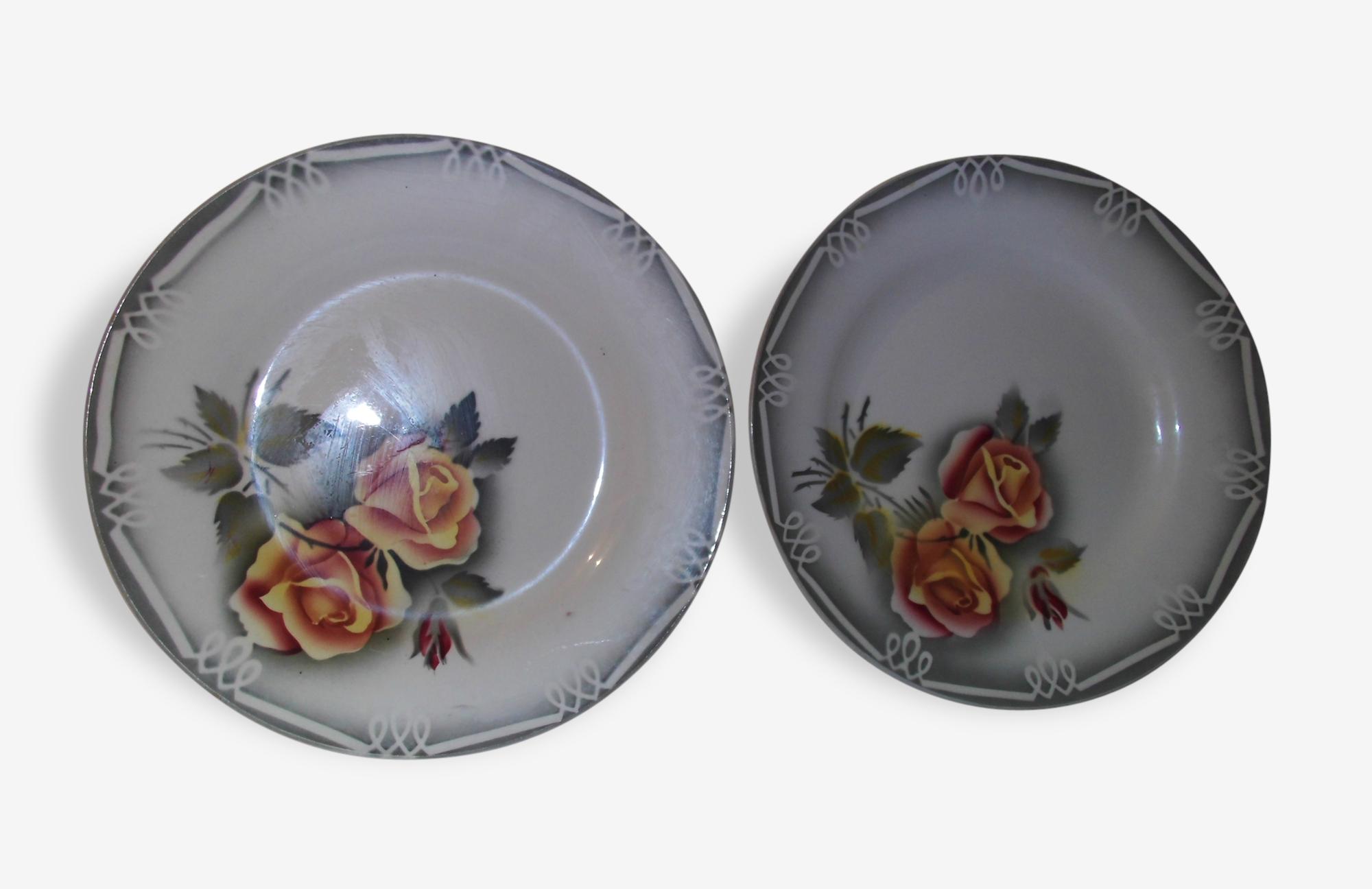 Lot de 2 assiettes plates - Sarreguemines Digoin - modèle Adele