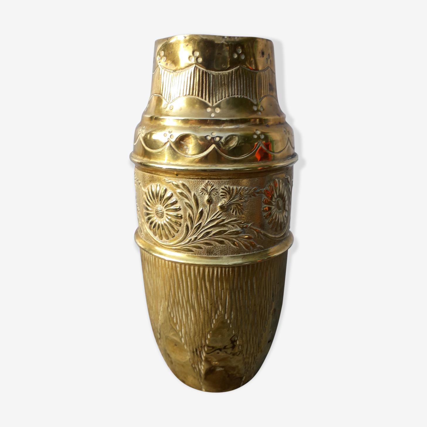 Vase en laiton art nouveau