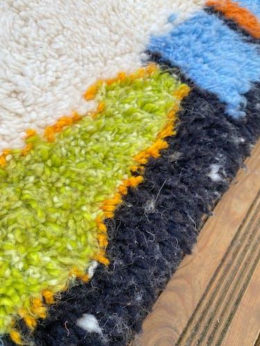 Tapis berbère azilal en laine tissé a la main 200x285 cm