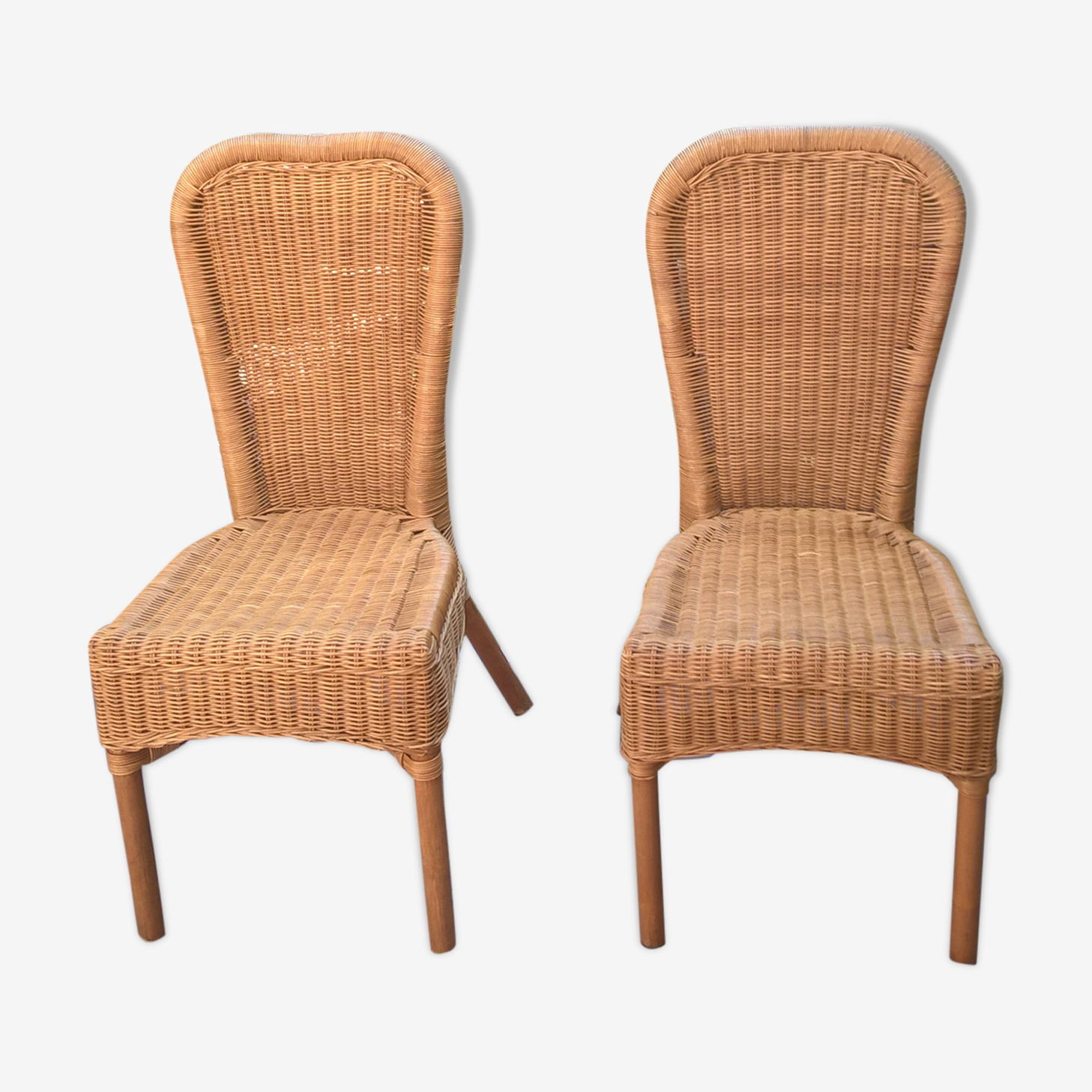 Nice pair of 90 Euros rattan chairs