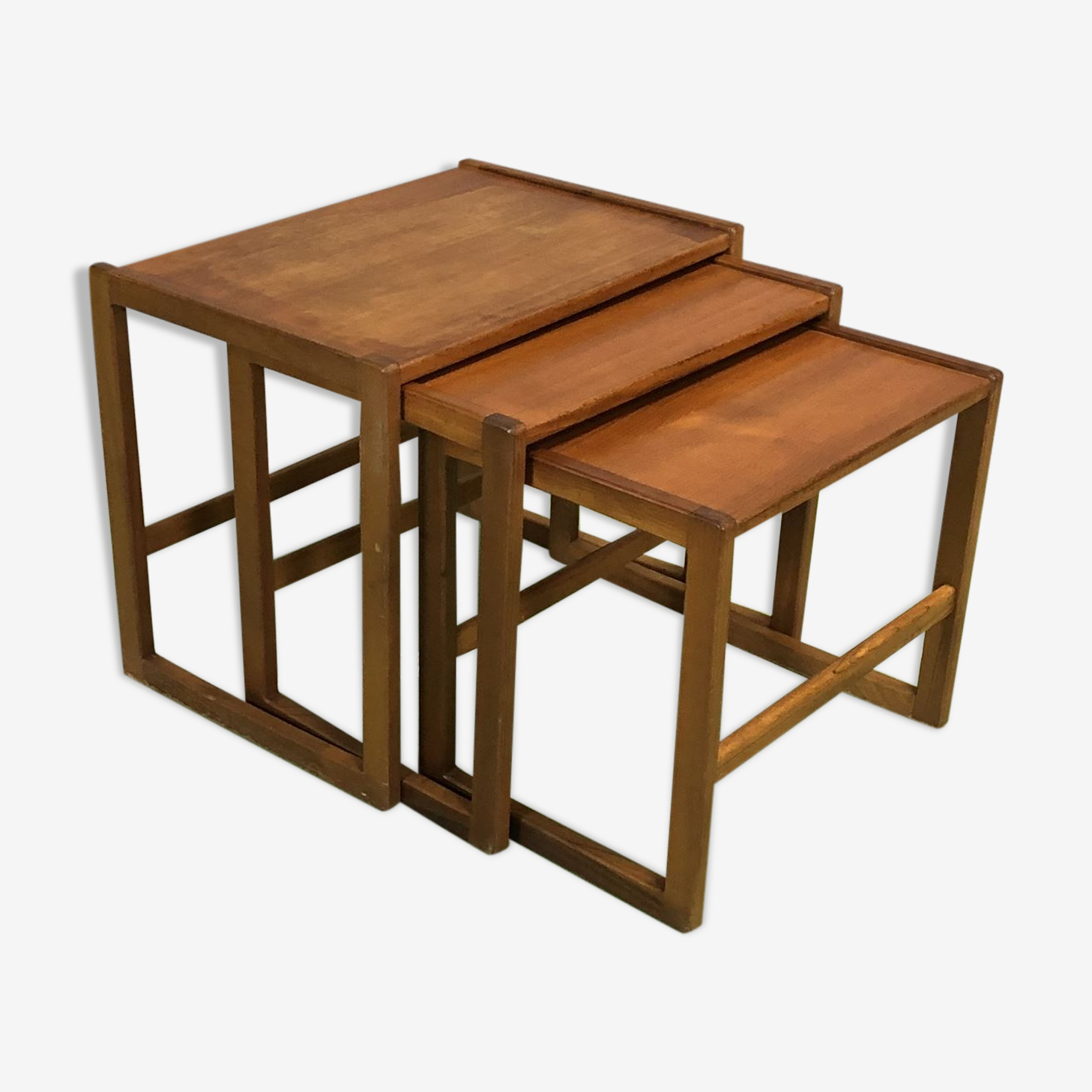 Pull-out tables in teak - 70s