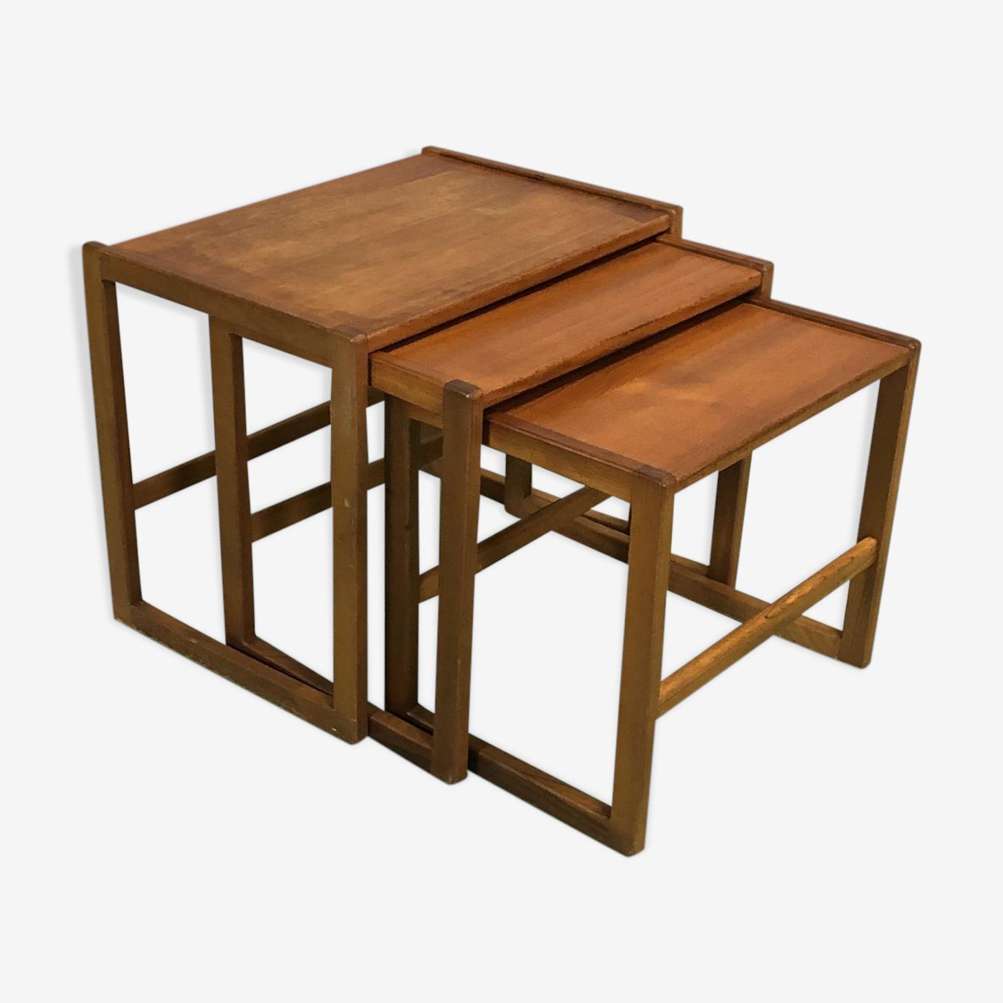 Tables gigognes en teck années 70