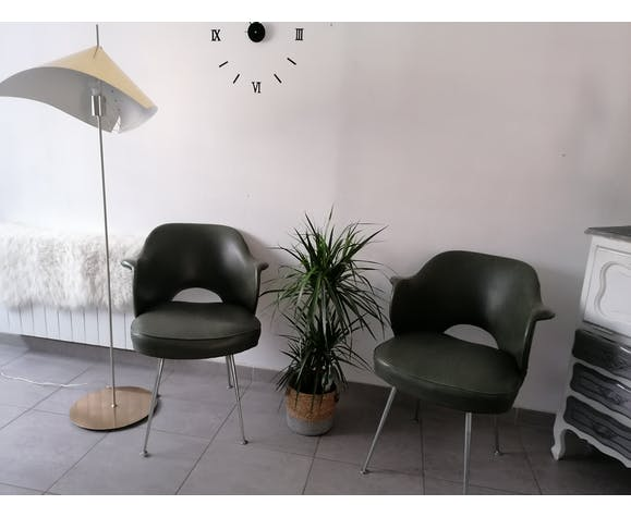 Lot de deux fauteuils vintage