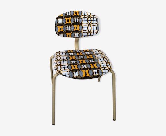 Chaise vintage strafor tubulaire revisité ethnique avec du wax