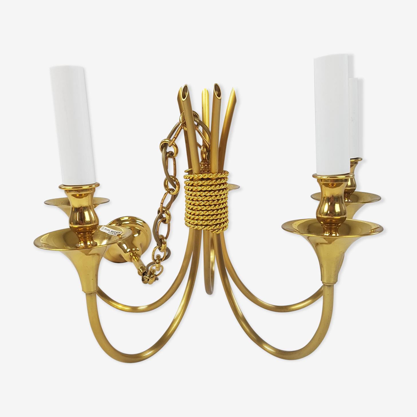 Lustre cinq feux style classique en laiton doré Maison Lucien Gau Paris 1980