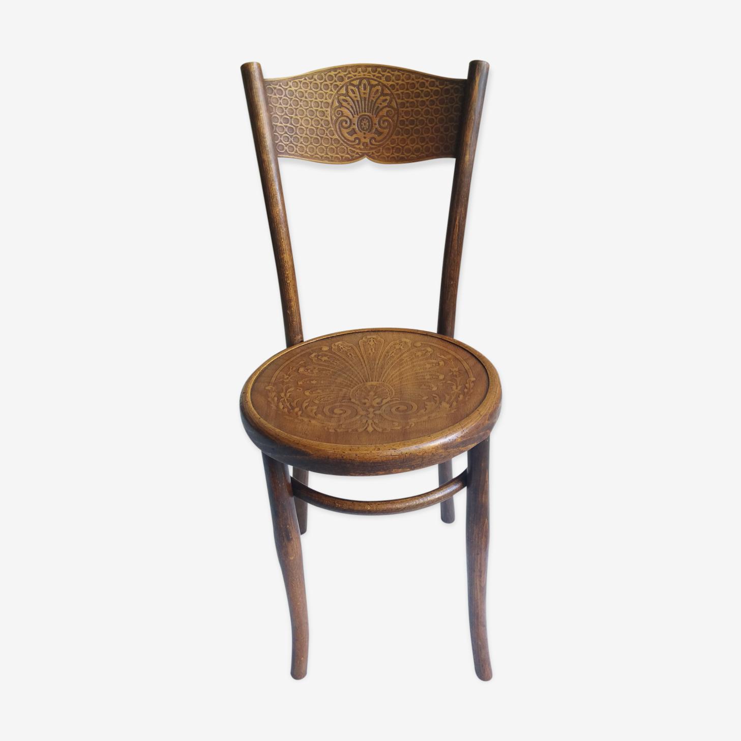 Chaise ancienne de bistrot